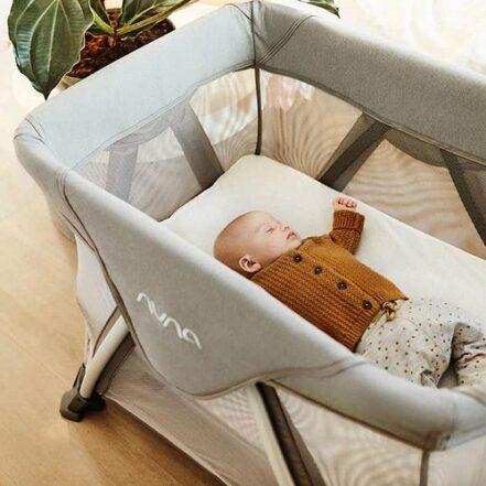 Nuna Sena Aire baby nap